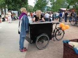 RadioEins setzt auf Pedalpower, hier Parkfest