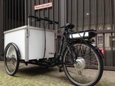 Cargobike Berliner Lastenrad mit kraftvollem Heckantrieb Bafang und 16Ah Gepäckträger-Akku