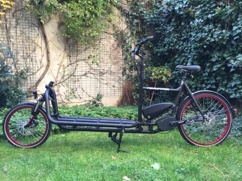 in dezentem sportlichen schwarz matt kommt es daher: der eHarry von Pedalpower