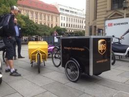 Seit vielen Jahren kommen die Lastenräder im harten Dauereinsatz beim Logistiker UPS zum Einsatz...
