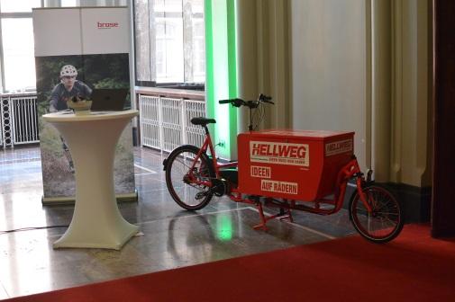 Long Harry Sonderedition eHarry CrMo Stahl mit brose Mittelmotor, hier präsentiert auf emobility Tagung in Berlin